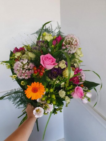 Monthly Flowers by Subscriptions