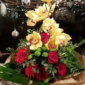 Christmas Aqua-pack Bouquets